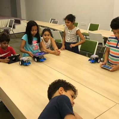 8 Robotics For Kids 1300x800